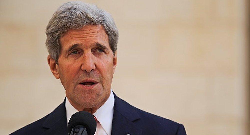 « La Russie prend le risque d'un isolement économique » (John Kerry)