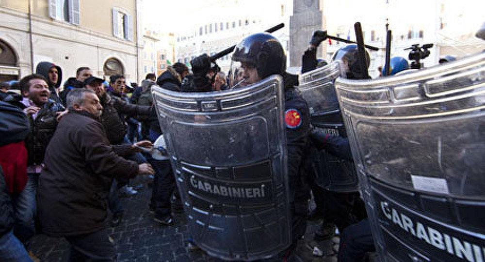 Italie : 80 arrêtés pendant les manifestations contre la politique du gouvernement