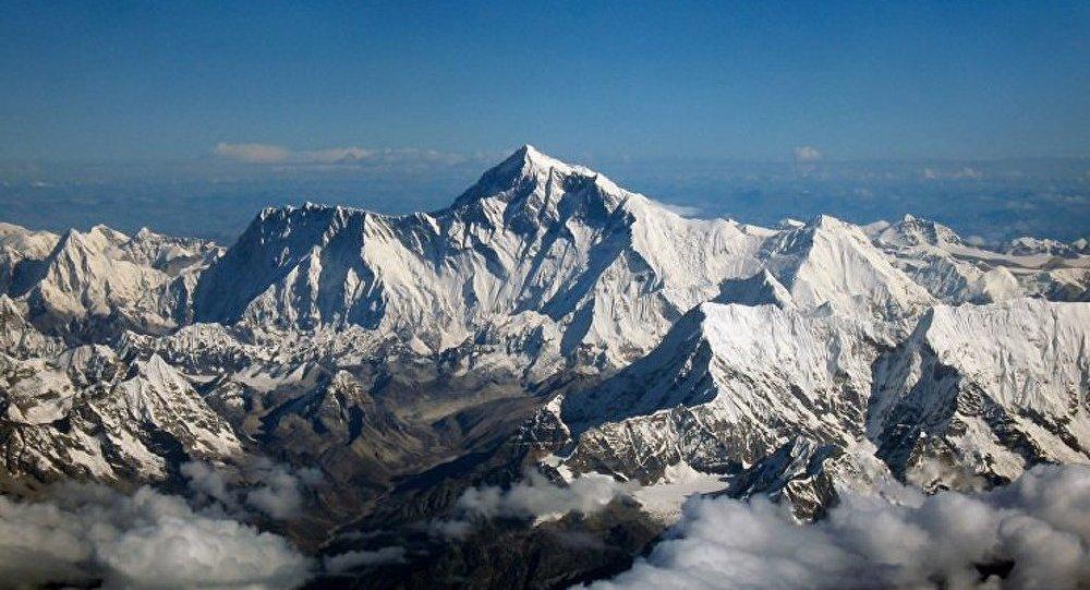 Népal : deux alpinistes russes morts sur l'Everest