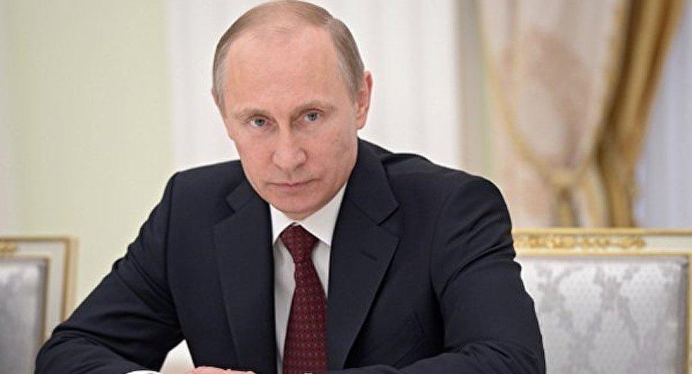 Les Russes deux fois plus nombreux à qualifier Poutine de dirigeant compétent