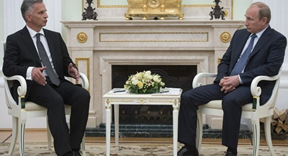 Ukraine : l'OSCE connaît un moyen d'apaiser les tensions (Poutine)