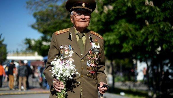 Crimée : défilés de la Victoire dans trois villes