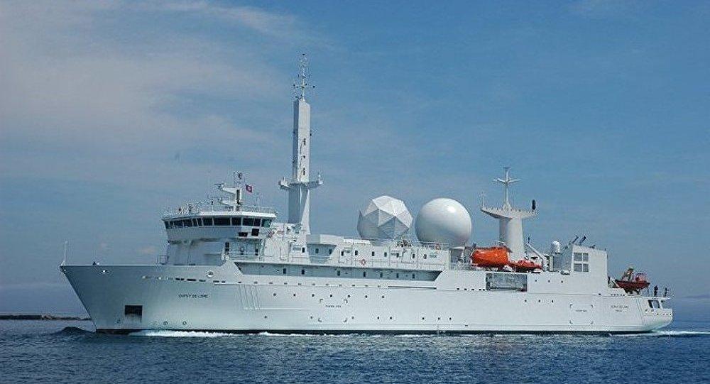 Le navire français Dupuy-de-Lôme quitte la mer Noire (source)