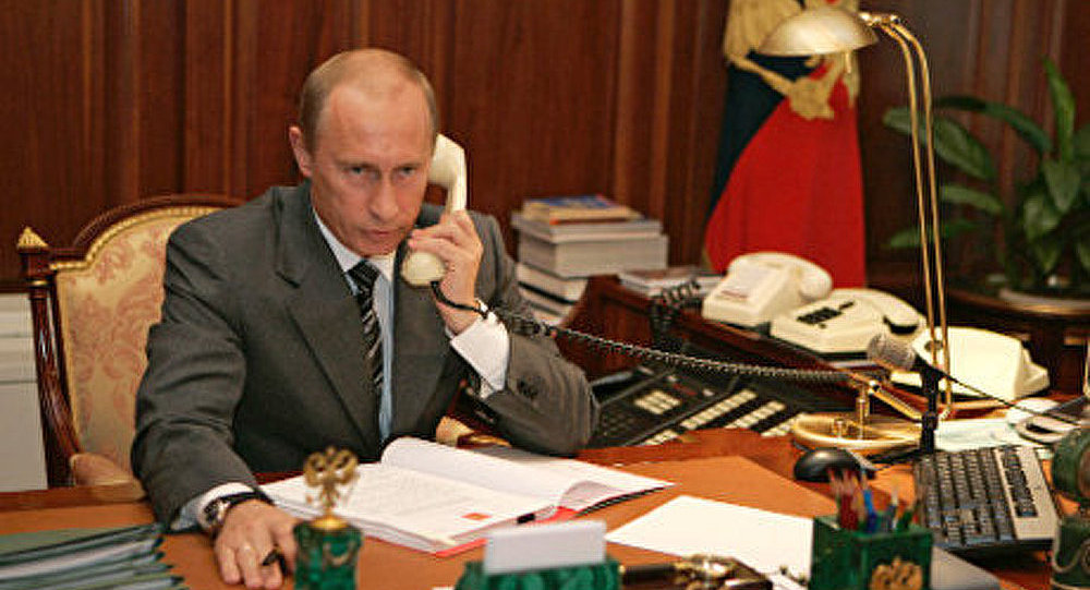 Merkel et Hollande ont discuté de la situation en Ukraine avec le président Poutine