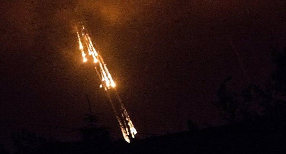 L'armée ukrainienne a bombardé Donetsk par des bombes au phosphore (RPD)
