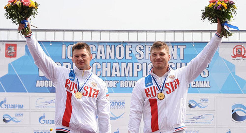 Les sportifs russes devenus champions du monde en aviron
