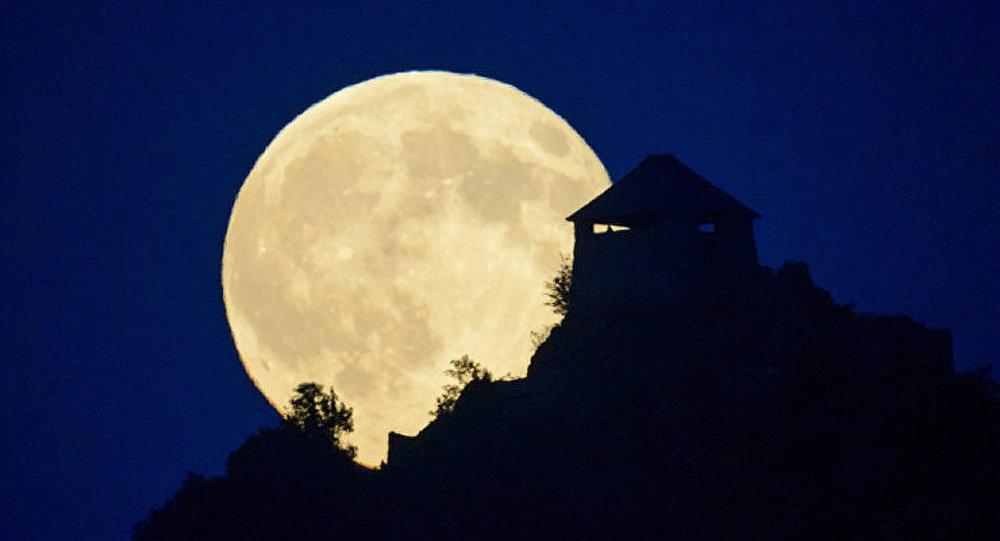 Une « super pleine lune » ce 10 août