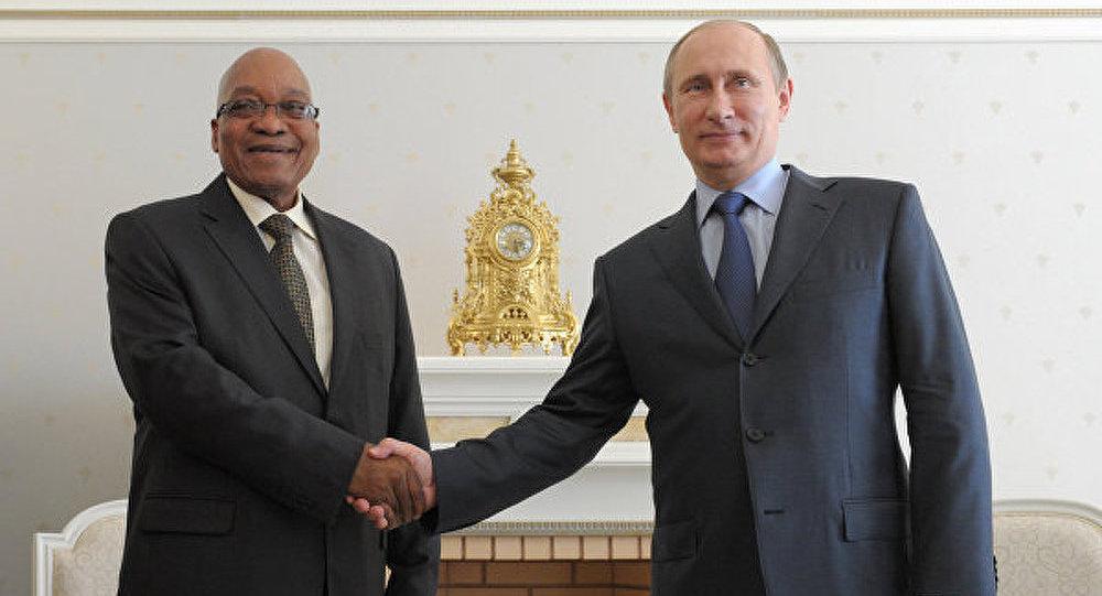Russie-RSA: Poutine et Zuma parleront coopération jeudi à Moscou