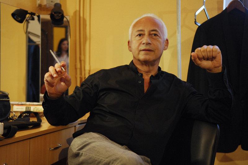 En 1994, Vladimir Spivakov a créé un fonds international de bienfaisance, dont le but était d'aider des orphelins et des enfants malades ainsi que d'encourager de jeunes talents. Parmi les boursiers du fonds, on peut nommer le pianiste virtuose Ievgueni Kissine.