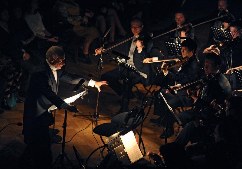 Le 27 janvier 2014, sur la scène du théâtre Alexandrinski, les artistes de la troupe de Boris Eifman et l'orchestre de chambre national « Les Virtuoses de Moscou », sous la direction de Vladimir Spivakov, ont présenté le ballet « Requiem », dédié au à la fin du siège de Léningrad. Les vétérans de la Grande guerre patriotique, les défenseurs et les habitants de Léningrad pendant le siège ont été les premiers à avoir vu cette nouvelle mise en scène.