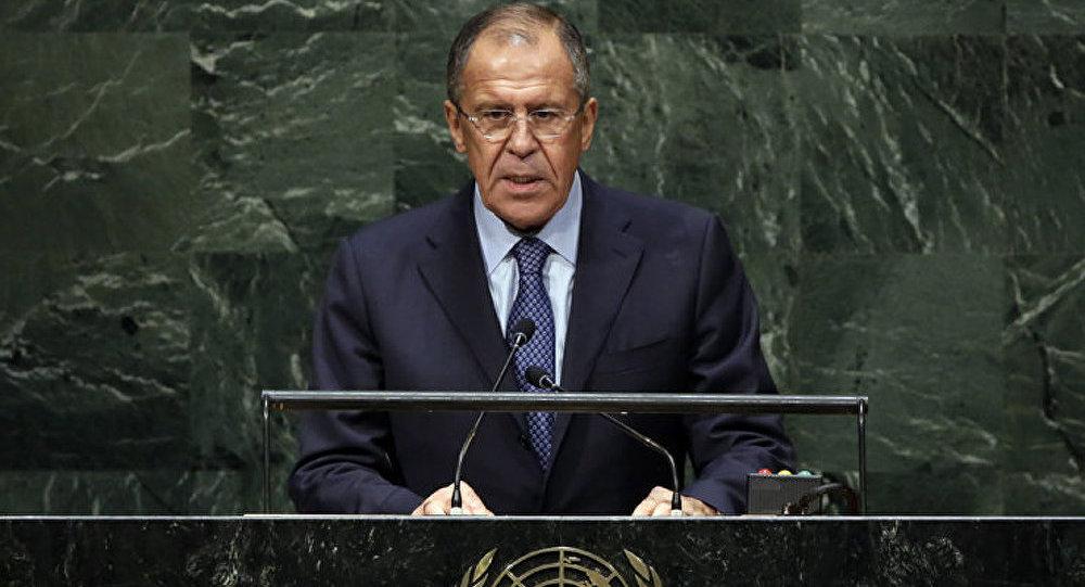 Lavrov appelle à ne pas faire traîner l'enquête sur l'accident du Boeing