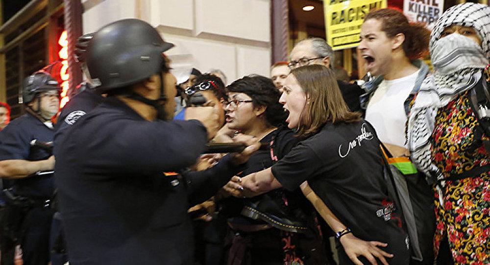 Les émeutes ont eu lieu à San Francisco