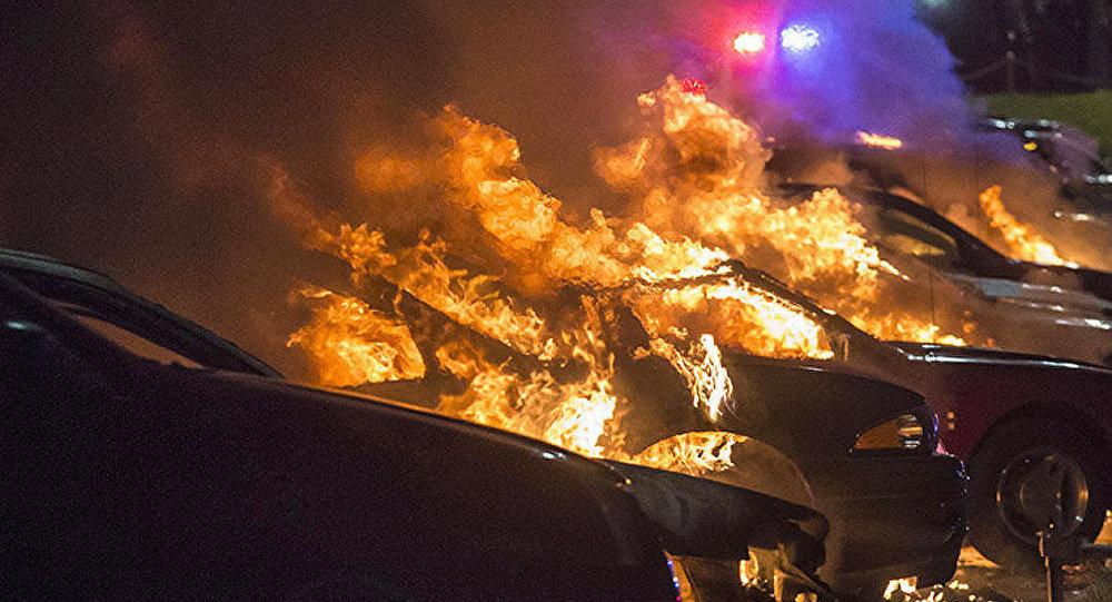 L'Amerique dans le feu de la révolte