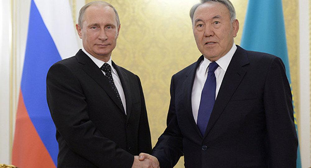 Poutine rencontre Nazarbaïev après sa visite en Ukraine