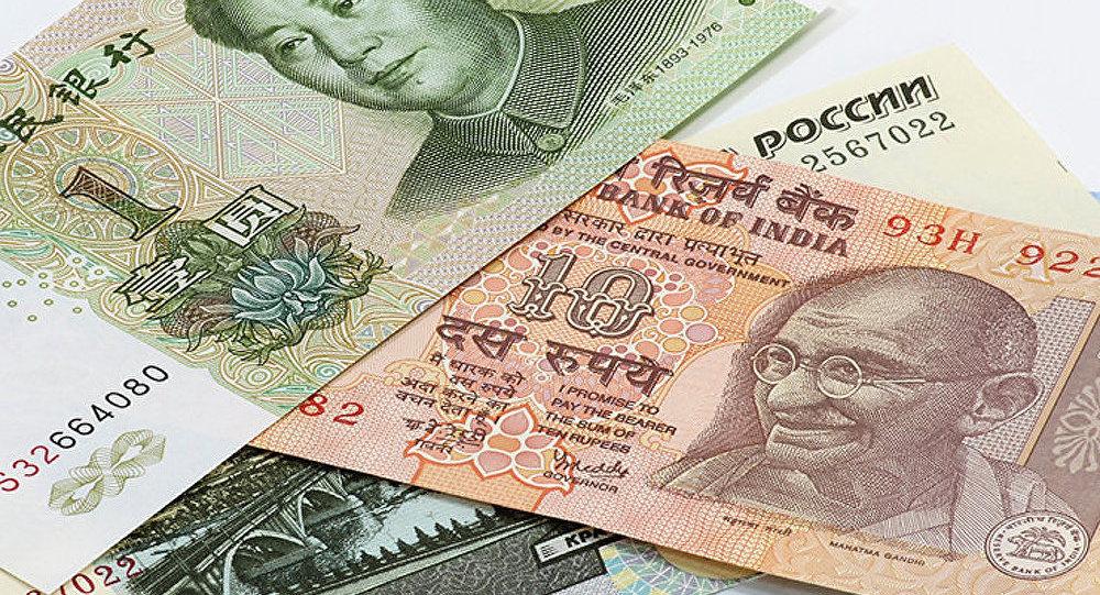Le yuan et la roupie soutiendront le rouble