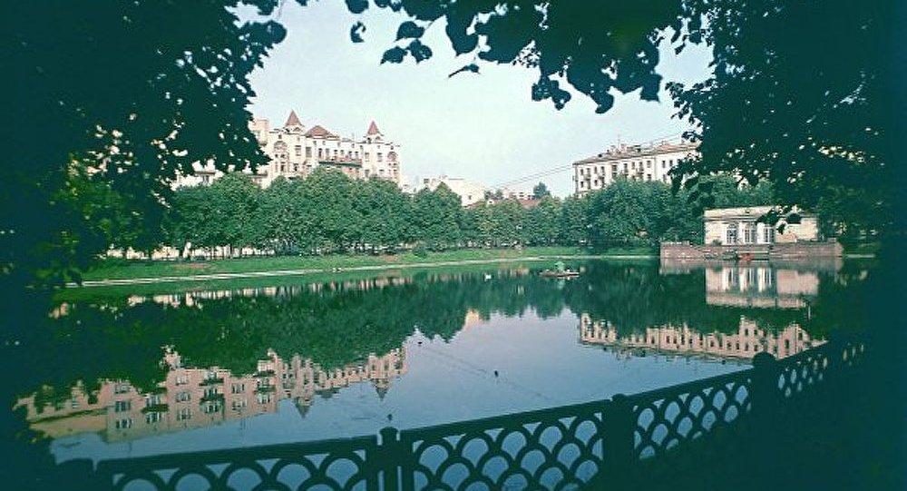 Les étangs du Patriarche – un lieu mystique au centre de Moscou