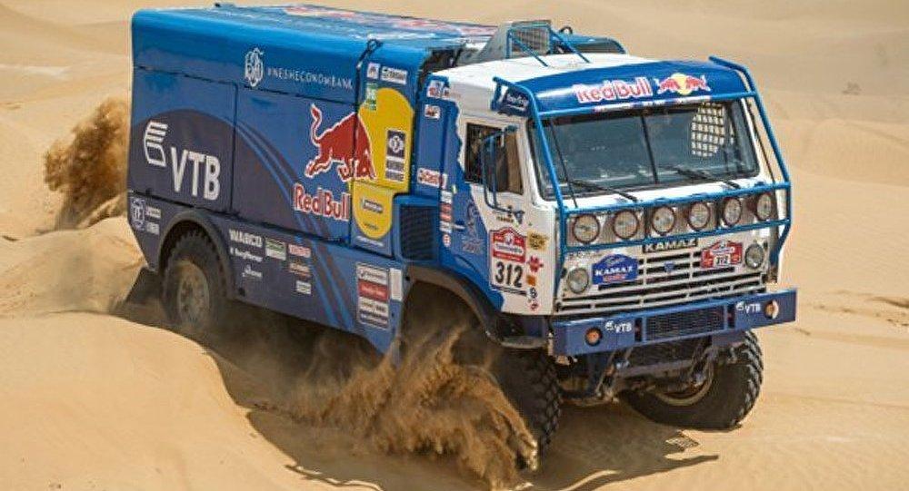 Dakar 2015 - camions: le Russe Mardeev classé 6e à la première étape