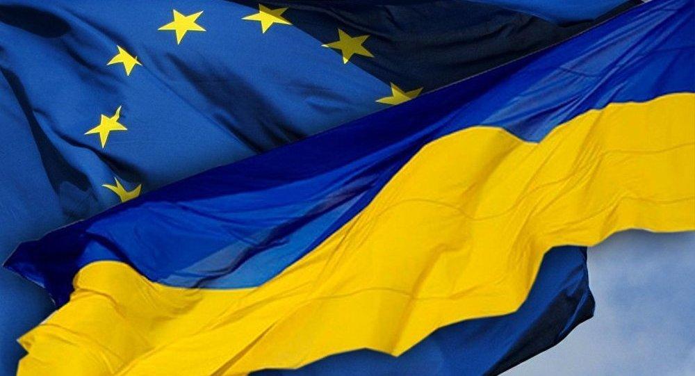 Ukraine: l'Europe se lasse de verser des aides en permanence (député russe)