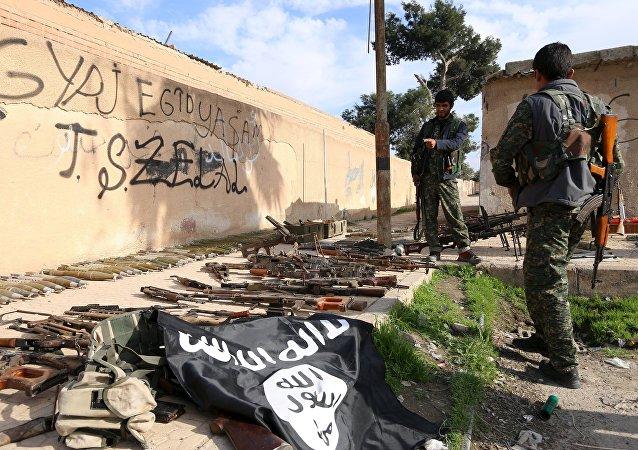 L'opposition syrienne prie aux militaires russes de la protéger de Daech