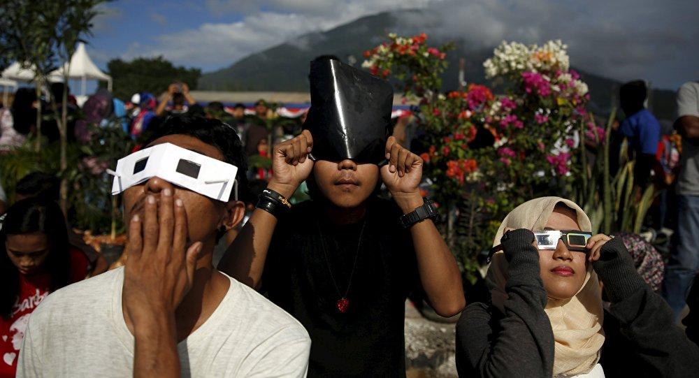 L'éclipse solaire totale en Indonesie