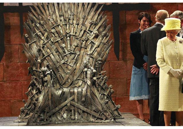 Elizabeth II n'a pas osé s'asseoir sur le Trône de Fer