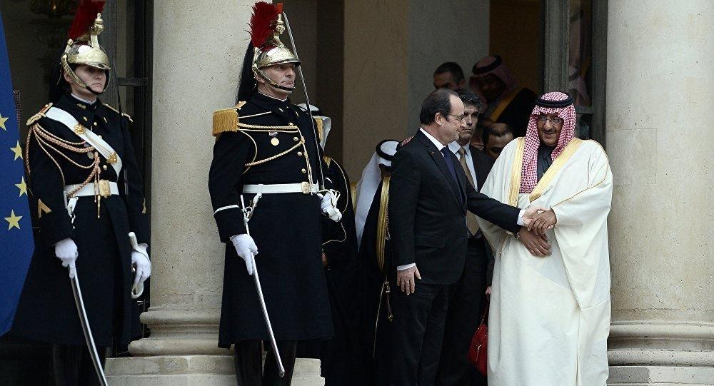 le prince saoudien Mohammed ben Nayef et  François Hollande