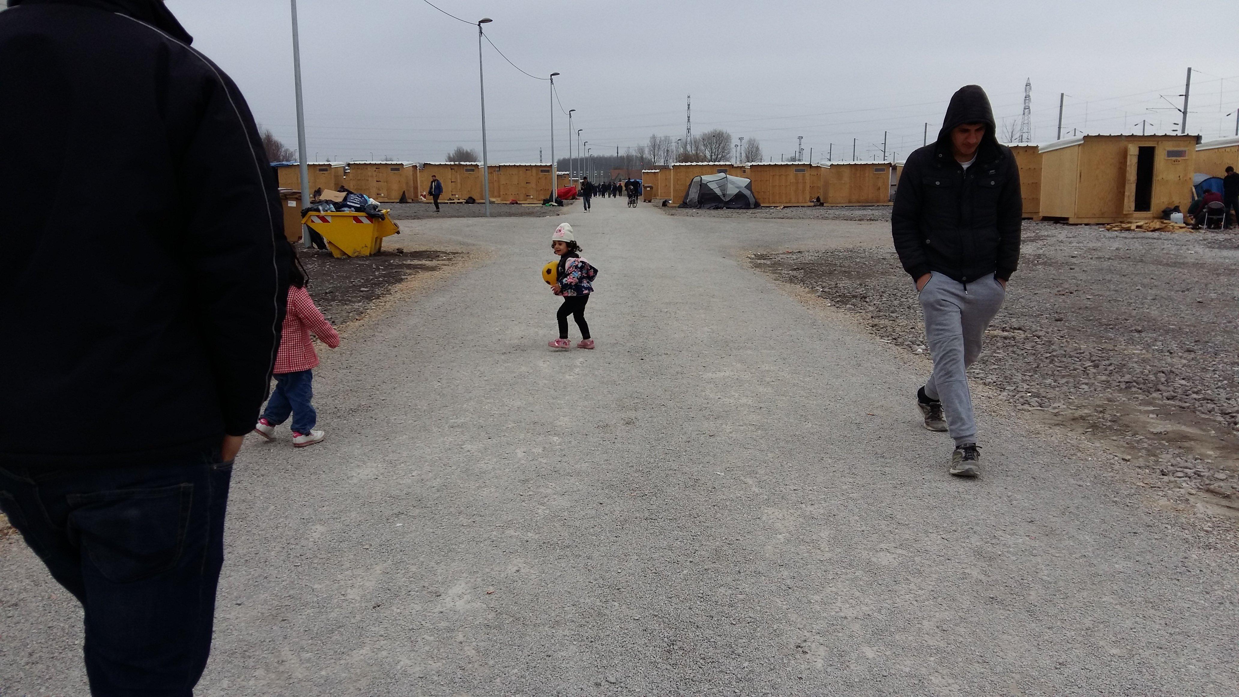 « Les enfants jouent, les hommes font du foot : il y a des exutoires, ce n'est plus l'effet cocotte-minute du camp du Basroch »