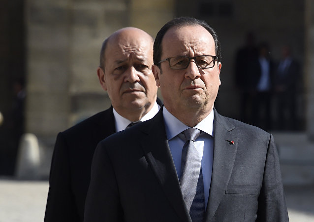 François Hollande et  Jean-Yves Le Drian