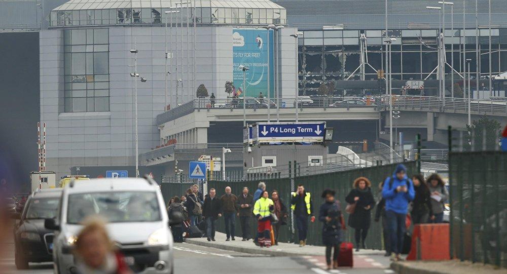Attentats à Bruxelles: sécurité renforcée dans les aéroports européens