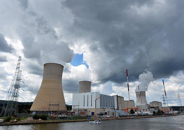 Centrale nucléaire à Tihange, Belgique