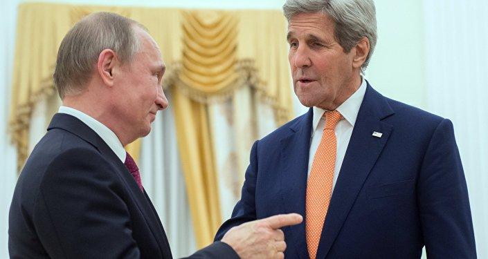 Kerry: les USA ne voient pas de menace en Syrie venant de Moscou