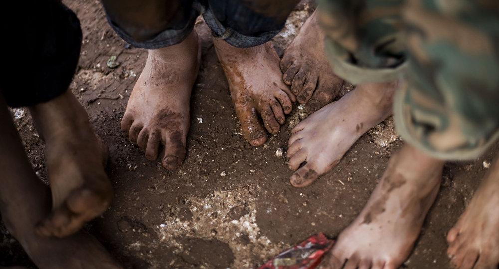 Les vies de plus de 40.000 enfants syriens menacées à Raqqa