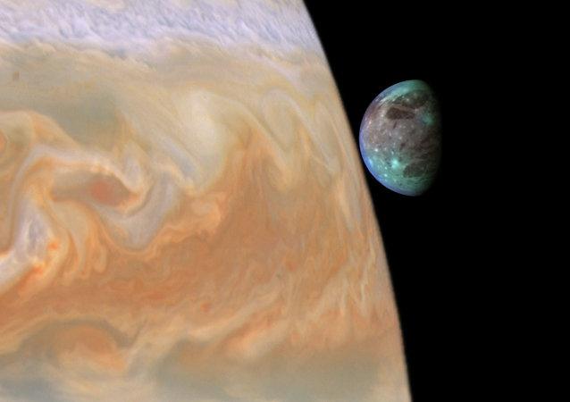 Jupiter et un de ces satellites