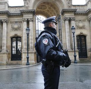 Un officier de police à Paris