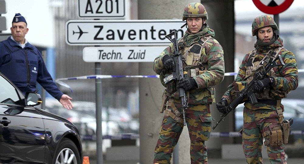 Militaires et  policiers belges