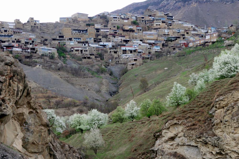 Mille et une couleurs: les villages du monde entier