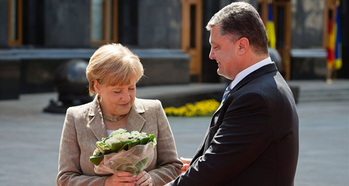 La chancelière allemande Angela Merkel et le président ukrainien Piotr Porochenko