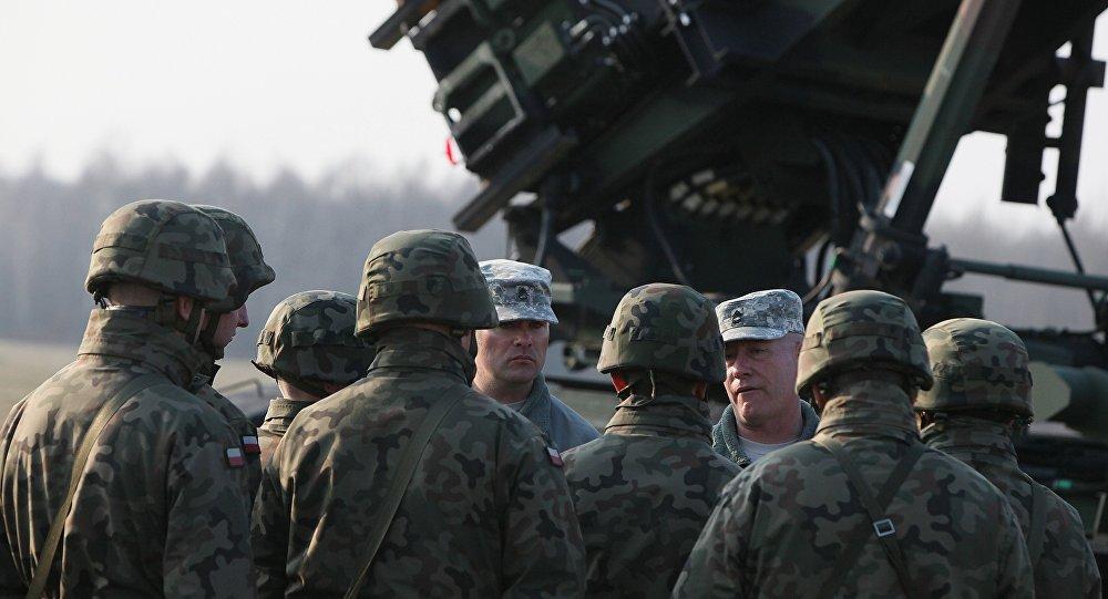 Exercices militaires des troupes américaines, Sochaczew, Pologne, 2015.