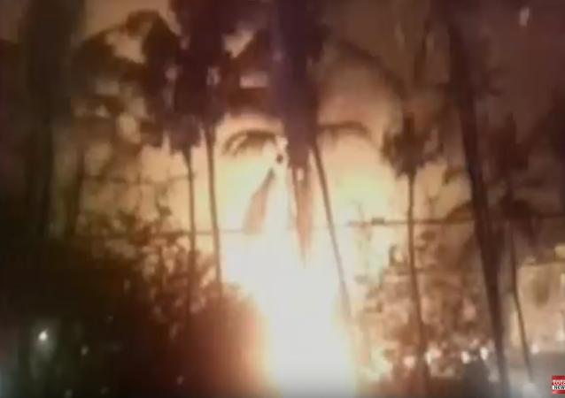 un incendie lors d'un feu d'artifice en Inde