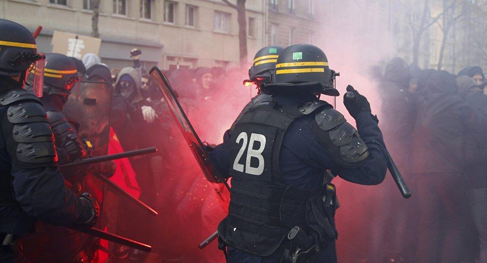 Loi travail: 3.200 à 3.400 manifestants à Paris