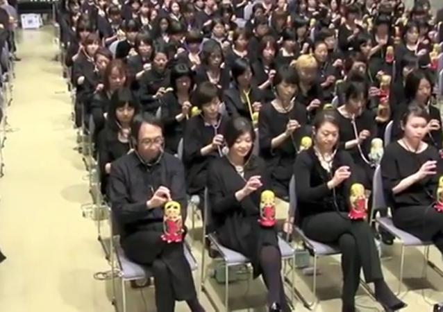 L'Ode à la joie de Beethoven interprétée par 300 Japonaises