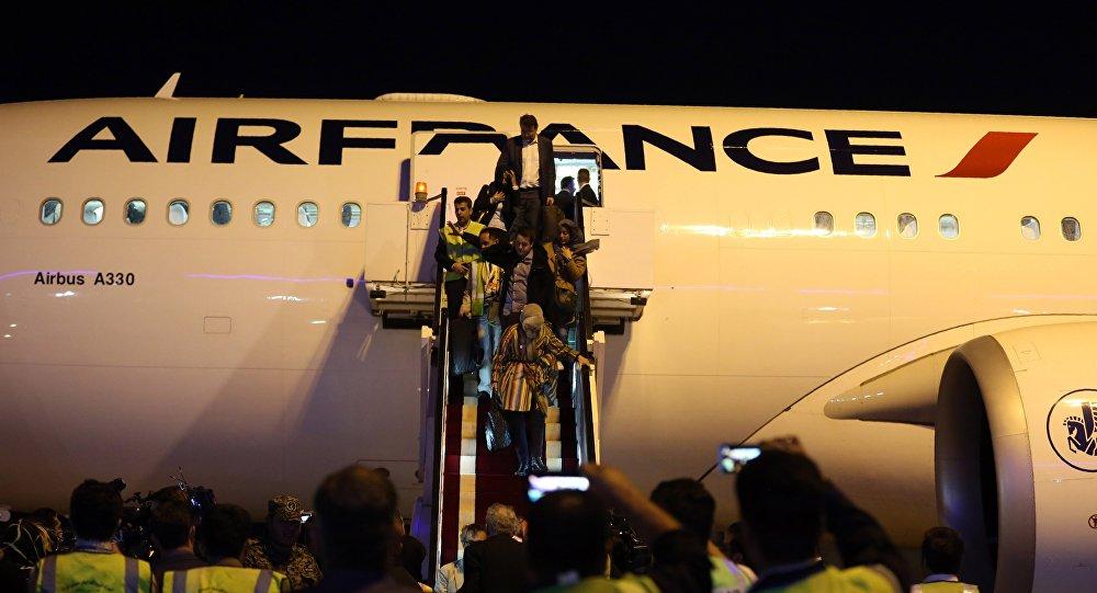 Le vol AF738 en provenance de l'aéroport parisien Roissy-Charles de Gaulle, a atterri à l'aéroport international Imam Khomeiny de Téhéran