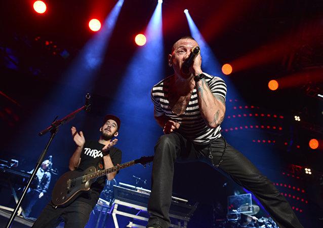 Mike Shinoda et Chester Bennington
