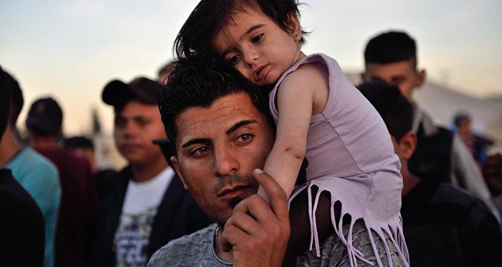 Des réfugiés syriens poursuivent le Danemark en justice