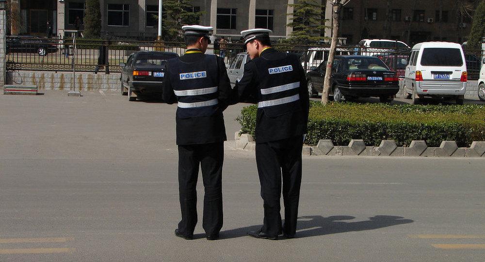 Policiers chinois