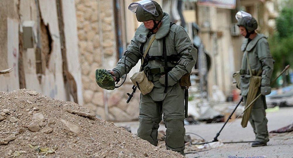 Les sapeurs russes déminent Palmyre