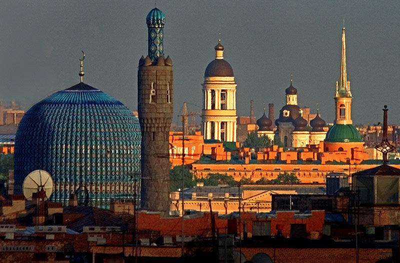 Une vue de la ville et des cathédrales.