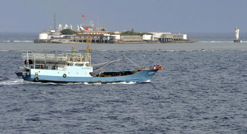 Une bateau pêcheur,  image d'illustration