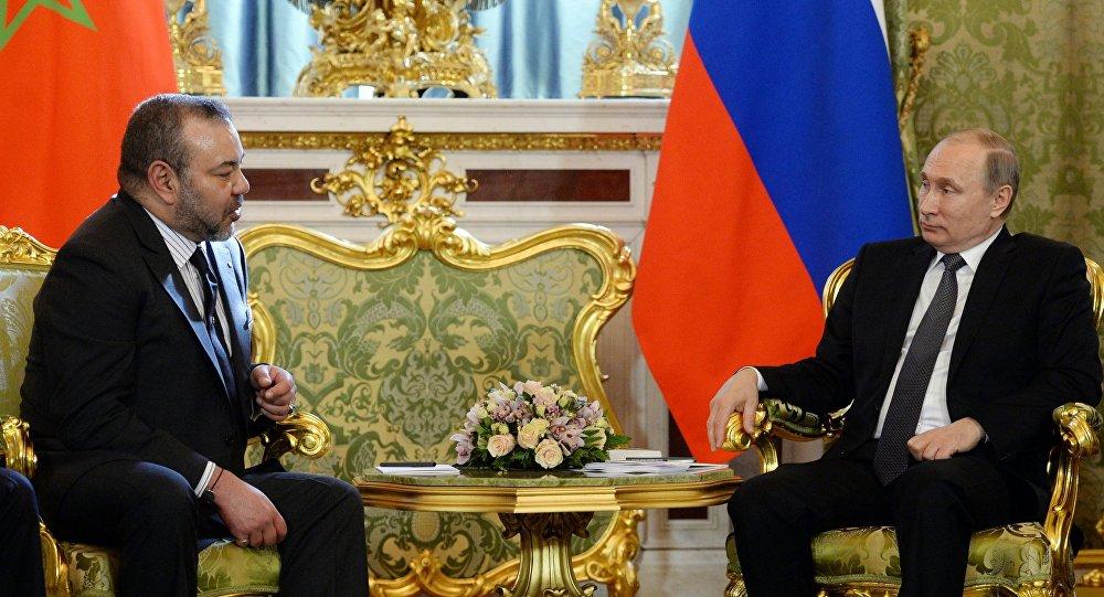 Le président russe Vladimire Poutine et le roi marocain Mohammed VI