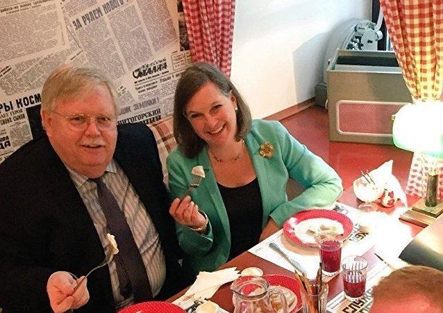 Les fonctionnaires US craquent pour les pelmeni russes